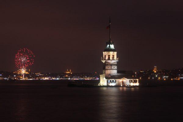 istanbul vatromet noć