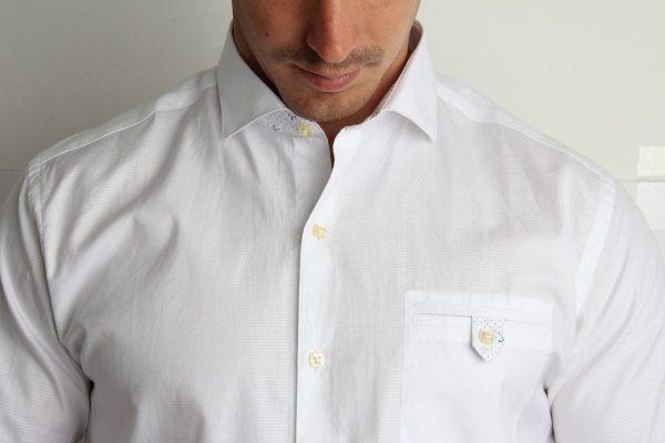 Čista i opeglana muška košulja